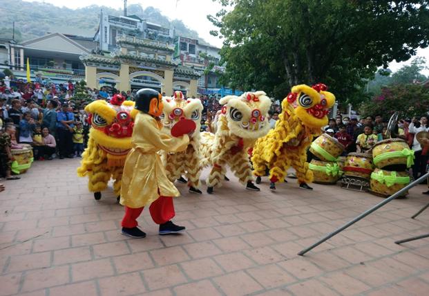 Chùa Bà Châu Đốc đón khách thập phương dịp đầu năm mới - ảnh 5