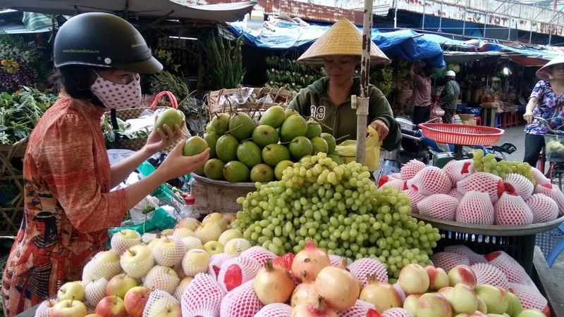 Mỗi tháng người Việt chi 80 triệu USD nhập rau quả - ảnh 1