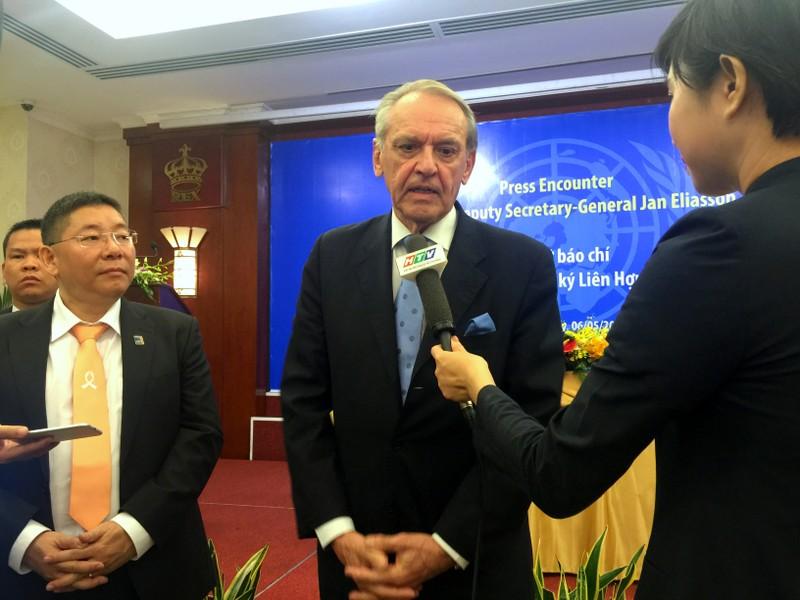 Liên Hiệp Quốc sẵn sàng giúp Việt Nam tìm hiểu nguyên nhân cá chết - ảnh 1