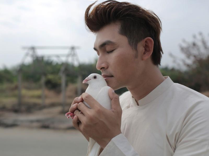 Album Da vàng của Trịnh lần đầu tiên phát hành trong nước sau 41 năm - ảnh 1