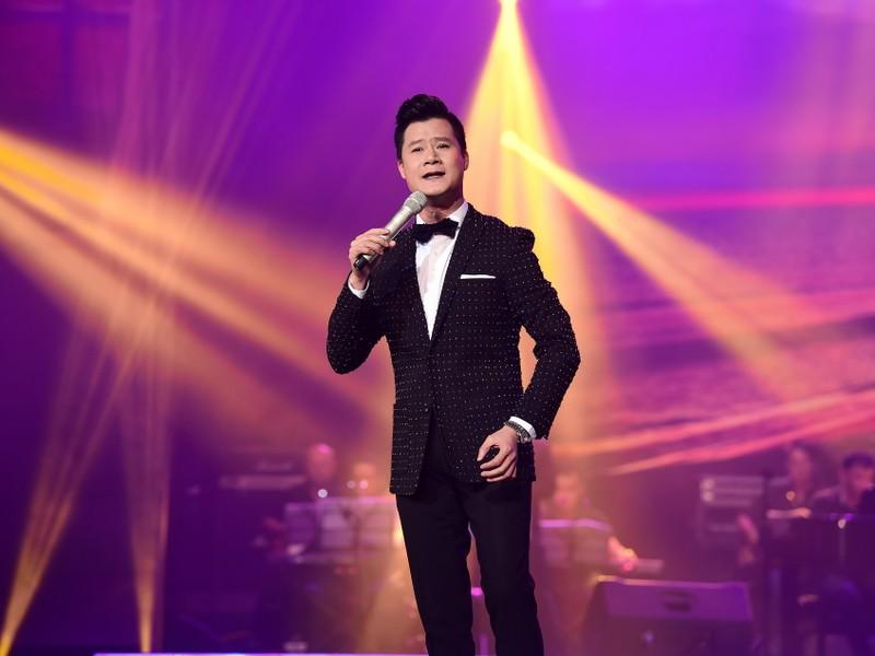 Liveshow Việt Anh và lưng chừng xúc cảm - ảnh 2