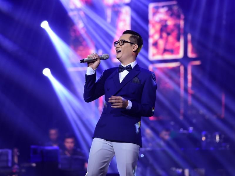 Liveshow Việt Anh và lưng chừng xúc cảm - ảnh 7