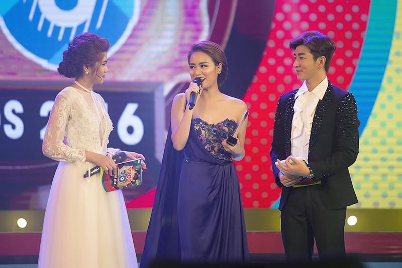 Hoàng Thùy Linh nhắc chuyện cũ khi nhận giải Vpop - ảnh 1