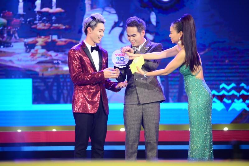 Hoàng Thùy Linh nhắc chuyện cũ khi nhận giải Vpop - ảnh 3