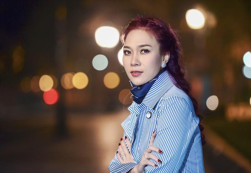 Tuấn Ngọc, Mỹ Tâm, hoa hậu Mỹ Linh đón xuân an bình - ảnh 4