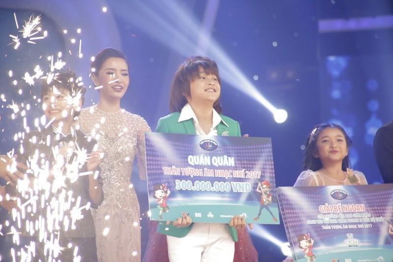 Thiên Khôi trở thành quán quân Vietnam Idol Kids mùa 2 - ảnh 1