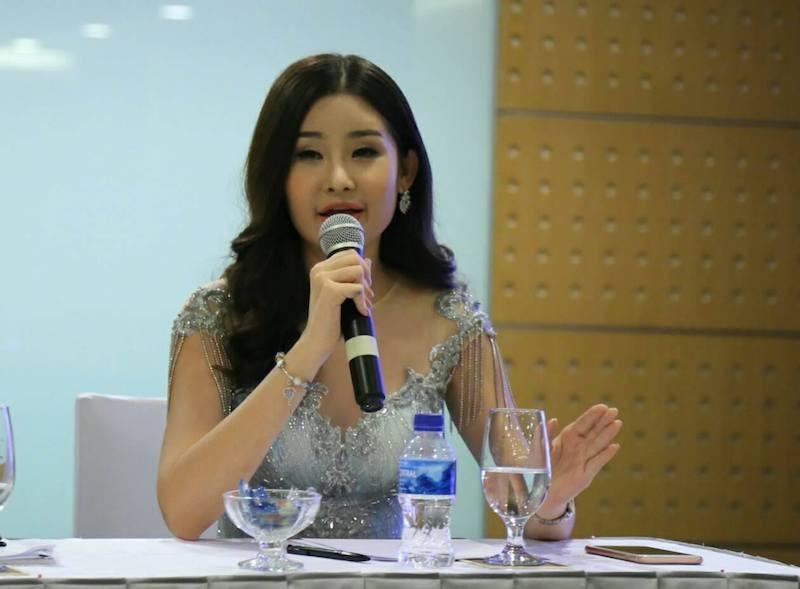 Tân hoa hậu tháo mũi: Nguyễn Thị Thành không tháo răng - ảnh 1
