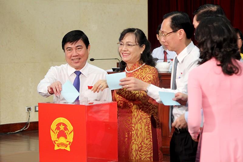 Bà Nguyễn Thị Quyết Tâm tái đắc cử chủ tịch HĐND TP.HCM - ảnh 1
