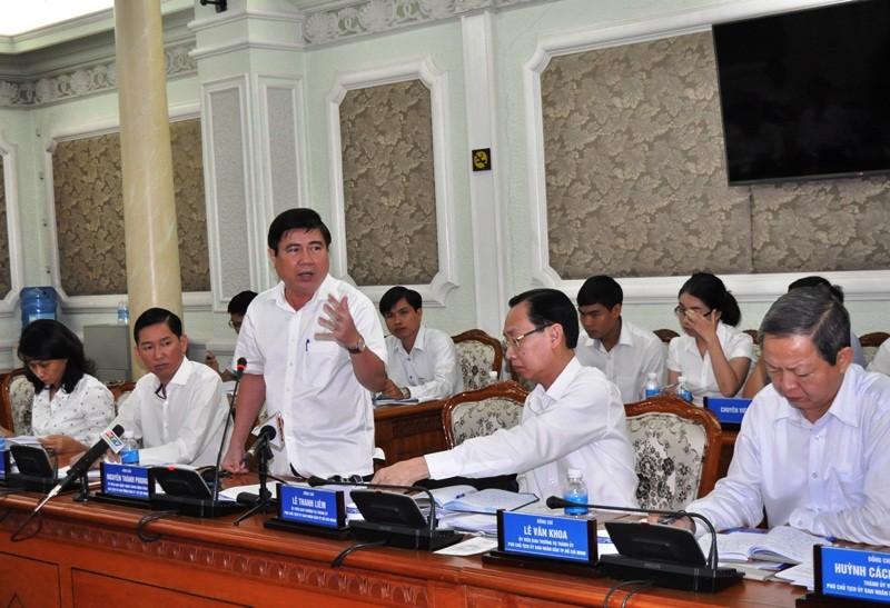 Chủ tịch Nguyễn Thành Phong 'lệnh' cho 4 cấp phó đi chống ngập - ảnh 1