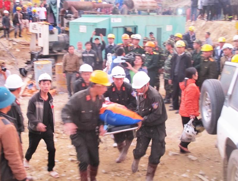 Sáu đơn vị bị phạt trong vụ sập hầm thủy điện Đạ Dâng  - ảnh 1