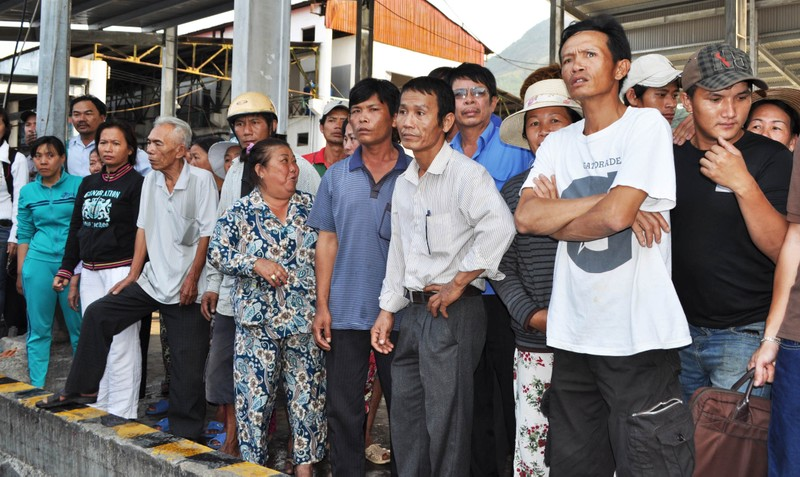 Nghi tàu nước ngoài cố tình tông chìm tàu cá Việt Nam ở Hoàng Sa - ảnh 4