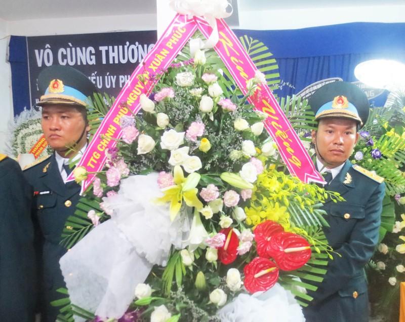 Truy tặng Huân chương Bảo vệ Tổ quốc cho học viên phi công hy sinh - ảnh 2