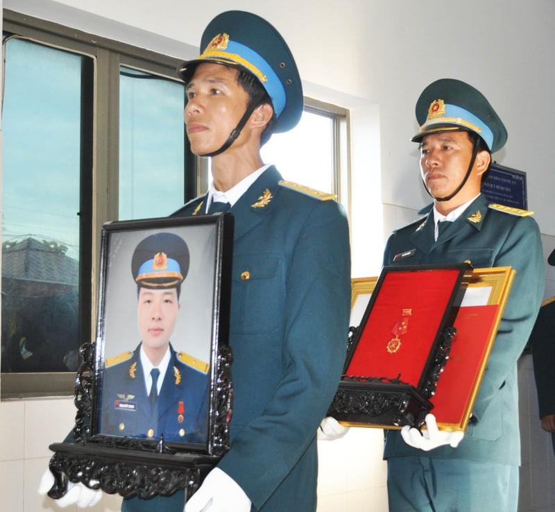 Vĩnh biệt Thiếu úy phi công Phạm Đức Trung - ảnh 7
