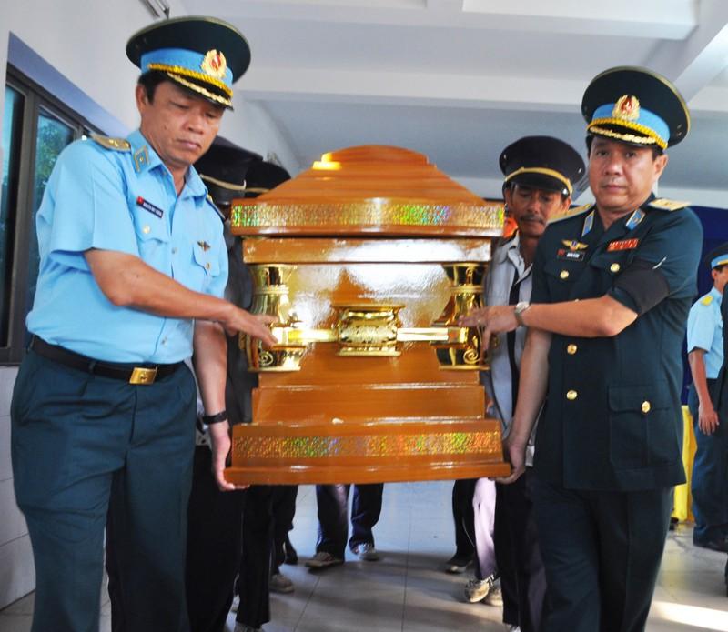 Vĩnh biệt Thiếu úy phi công Phạm Đức Trung - ảnh 8