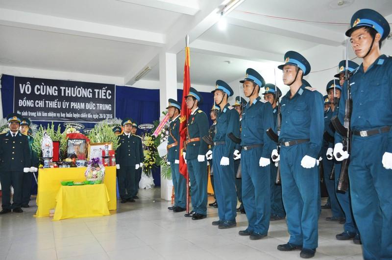 Vĩnh biệt Thiếu úy phi công Phạm Đức Trung - ảnh 2