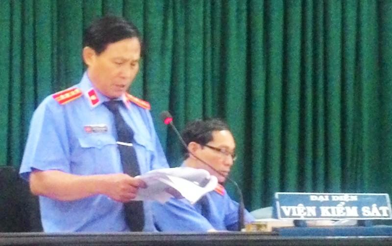 Nguyên chủ tịch huyện Đông Hòa bị đề nghị 12-13 năm tù - ảnh 3