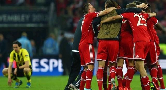 Matthias Sammer khích cầu thủ Bayern - ảnh 1