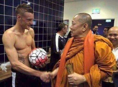 Reading FC cầu viện nhà sư Thái, Kiatisak được Ranieri chỉ bảo - ảnh 1