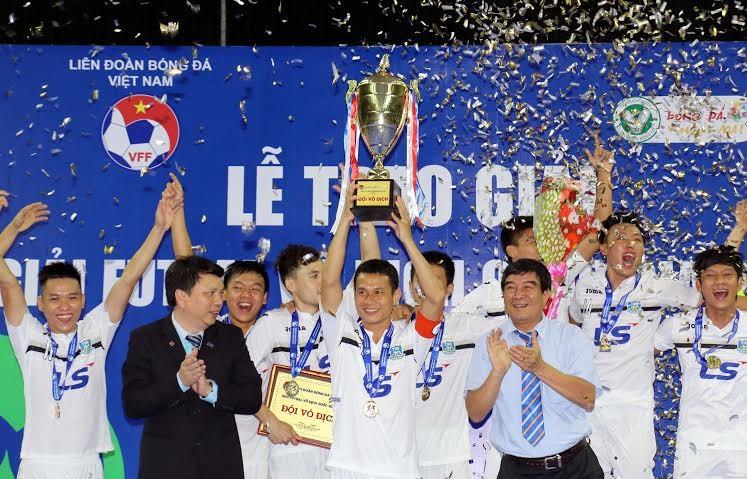 Kết thúc giải Vô địch Futsal: Hai đội Khánh Hòa áp sát Thái Sơn Nam - ảnh 1
