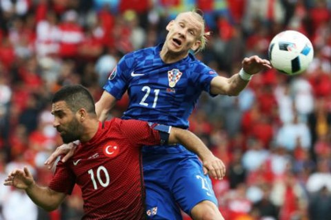 Lượt trận đầu Euro qua cách nhìn của Adrian Clarke - ảnh 9