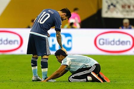 ĐKVĐ Chile tái đấu Argentina ở chung kết Copa America - ảnh 2