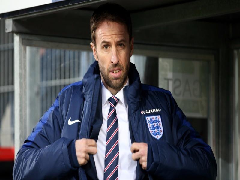 Gareth Southgate tạm thời dẫn dắt tuyển Anh
