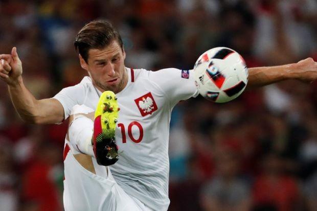 Về PSG, Emery kéo theo học trò cưng Krychowiak - ảnh 1