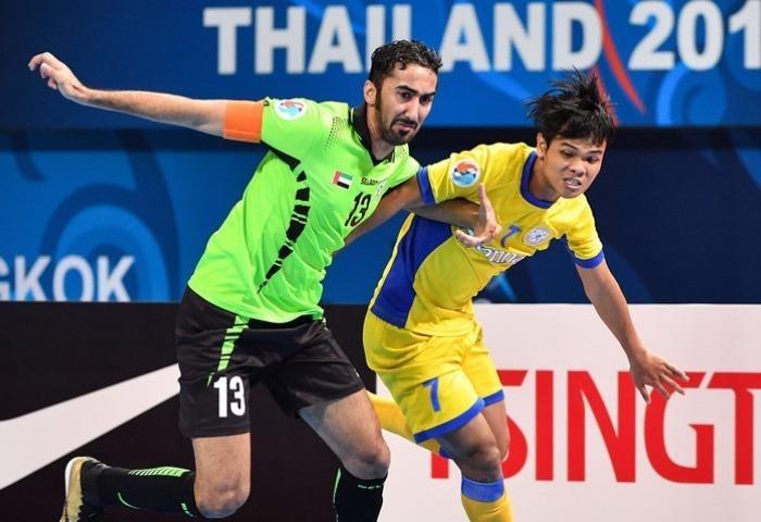 Sanna Khánh Hòa (áo vàng) đã thua  Dibba Al Hissin 2-6