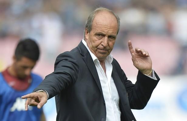 Tân HLV tuyển Ý lo lắng về tương lai của Pelle, Balotelli - ảnh 1