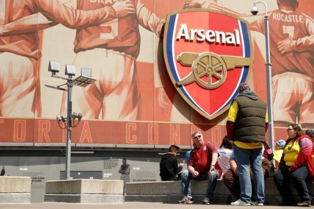 CEO của Arsenal: Chúng tôi lấy đâu ra nhiều tiền mà mua cầu thủ