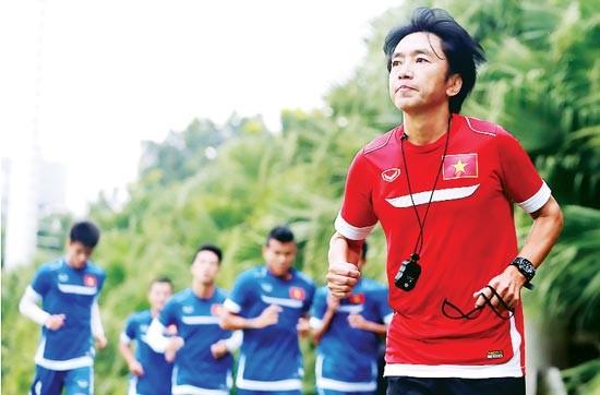 Vì sao HLV Miura từ chối CLB Việt Nam, muốn đến Thái Lan - ảnh 2