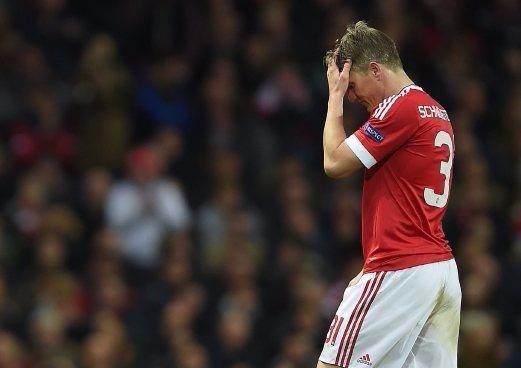 Cùng với ông thầy Van Gaal thì Schweinsteiger có một mùa thất sủng