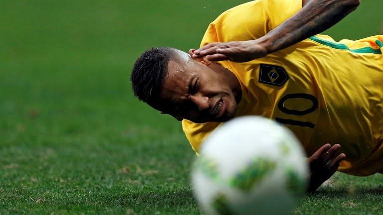 Bóng đá nam Olympic 2016: Neymar gây thất vọng, Brazil lại hòa - ảnh 1