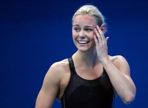 Cô gái suýt bỏ bơi lội vì lùn giành HCV lịch sử - ảnh 1