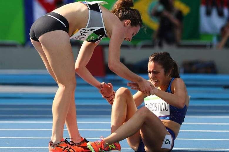 Một hình ảnh đáng trân trọng đầy tinh thần fair play tại Olympic - ảnh 1
