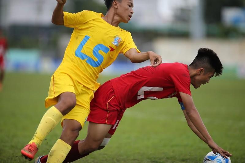 VCK U-15 Quốc gia: Ghi bàn cũng dễ, để thua cũng dễ - ảnh 1