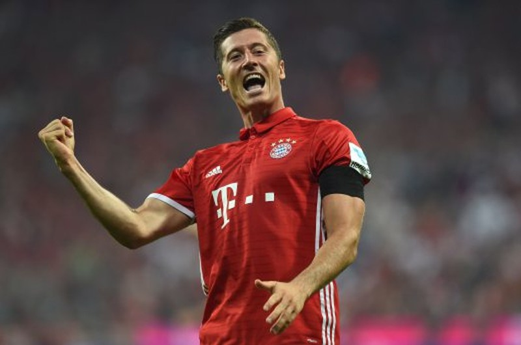Lewandowski lập hat trick, Bayern Munich 'chơi tennis' với Werder Bremen - ảnh 1