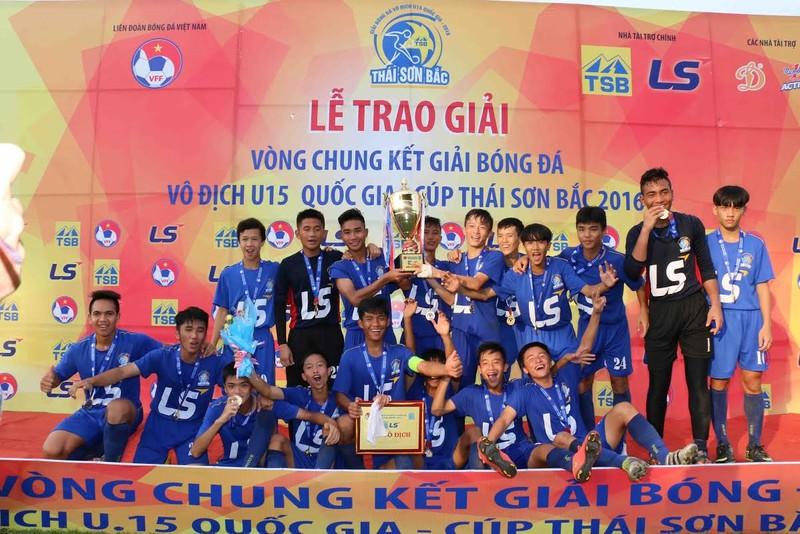 Cúp Thái Sơn Bắc 2016 tìm được nhà vô địch mới - ảnh 1