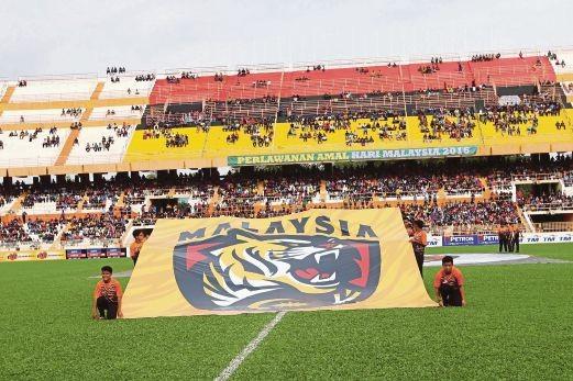 Bóng đá Malaysia đã bết bát còn sinh... mê tín - ảnh 3