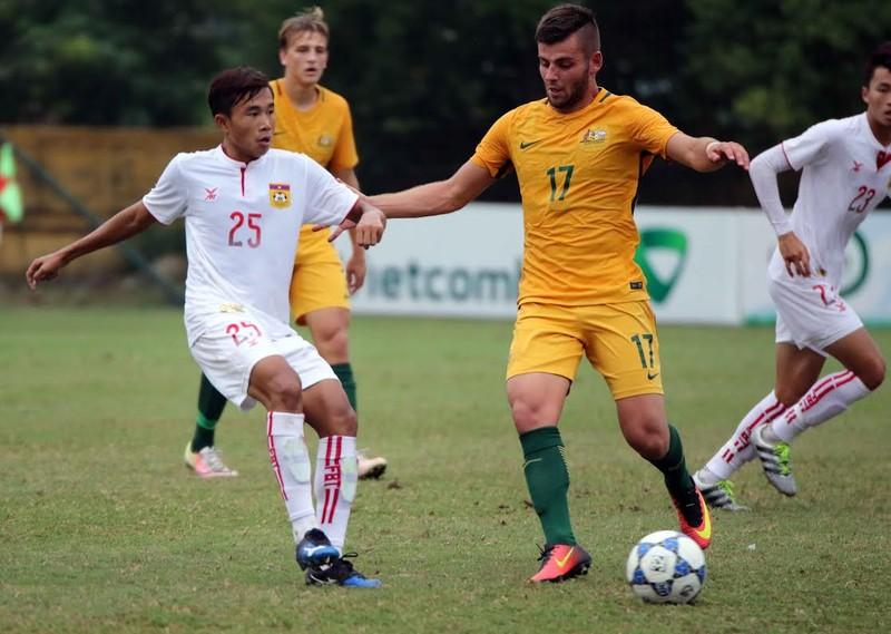 U-19 Úc (vàng) đối thủ của U-19 Việt Nam ở bán  kết