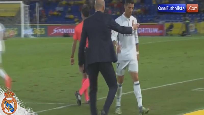 Ronaldo phản ứng khi bị thay ra sân, Zidane nói gì? - ảnh 1