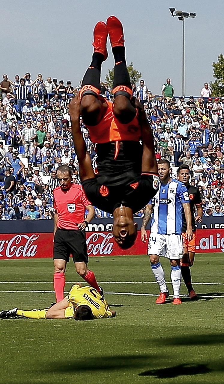 Valencia tiếp tục vận đỏ khi thay tướng - ảnh 1