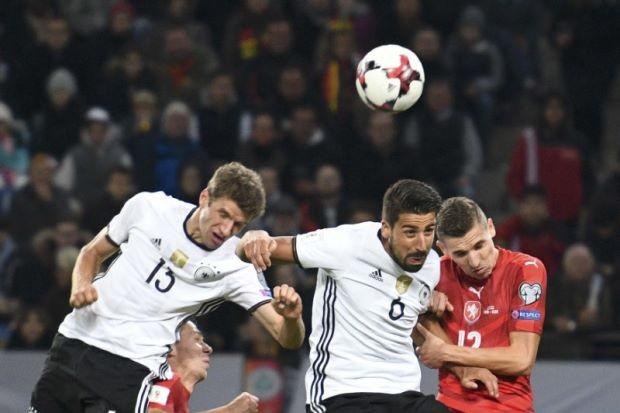 Lewandowski một hat trick, Muller cú đúp - ảnh 2