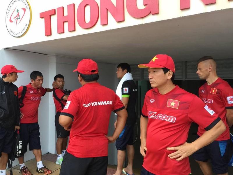 Chuỗi ngày mưa không chiều lòng đội tuyển Việt Nam - ảnh 1