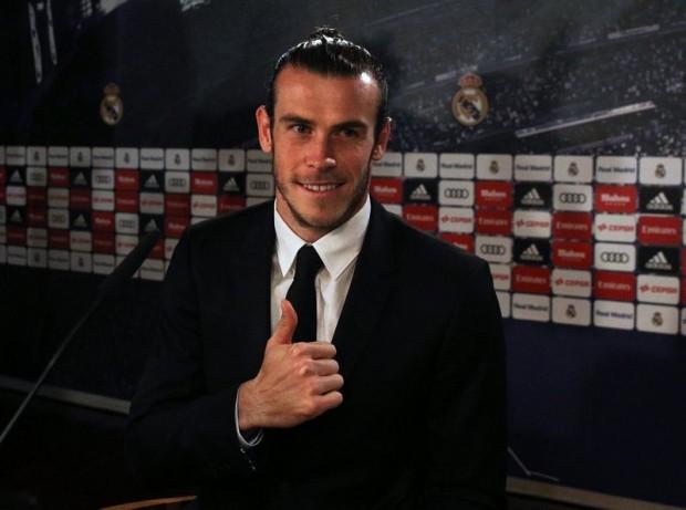 """Mua cái """"son"""" của Bale giá 115 triệu euro - ảnh 1"""