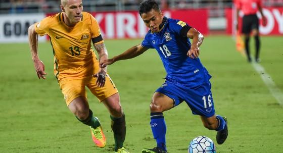 HLV Kiatisak: 'Giấc mơ World Cup của Thái Lan chưa dứt' - ảnh 4