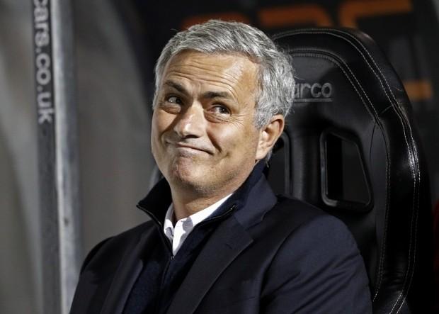 Mourinho: 'Sang Trung Quốc ư? Chờ tôi già đã' - ảnh 1