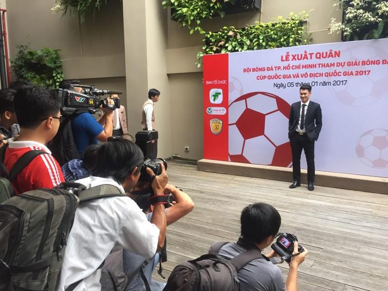 Tân binh V-League 2017 - CLB TP.HCM làm lễ xuất quân - ảnh 1