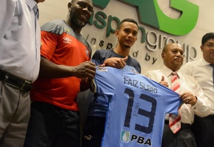 Cầu thủ Malaysia sắp tạo nên thời khắc lịch sử - ảnh 1