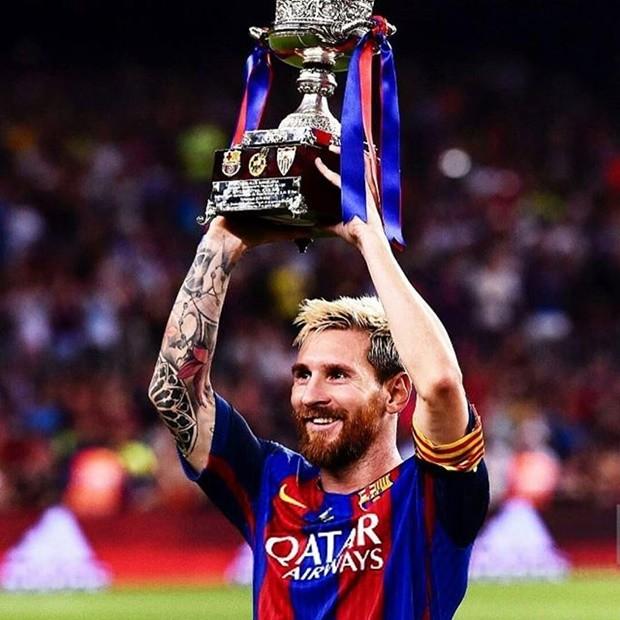 Tượng Messi bị phá hoại, chính quyền Argentina phẫn nộ - ảnh 2